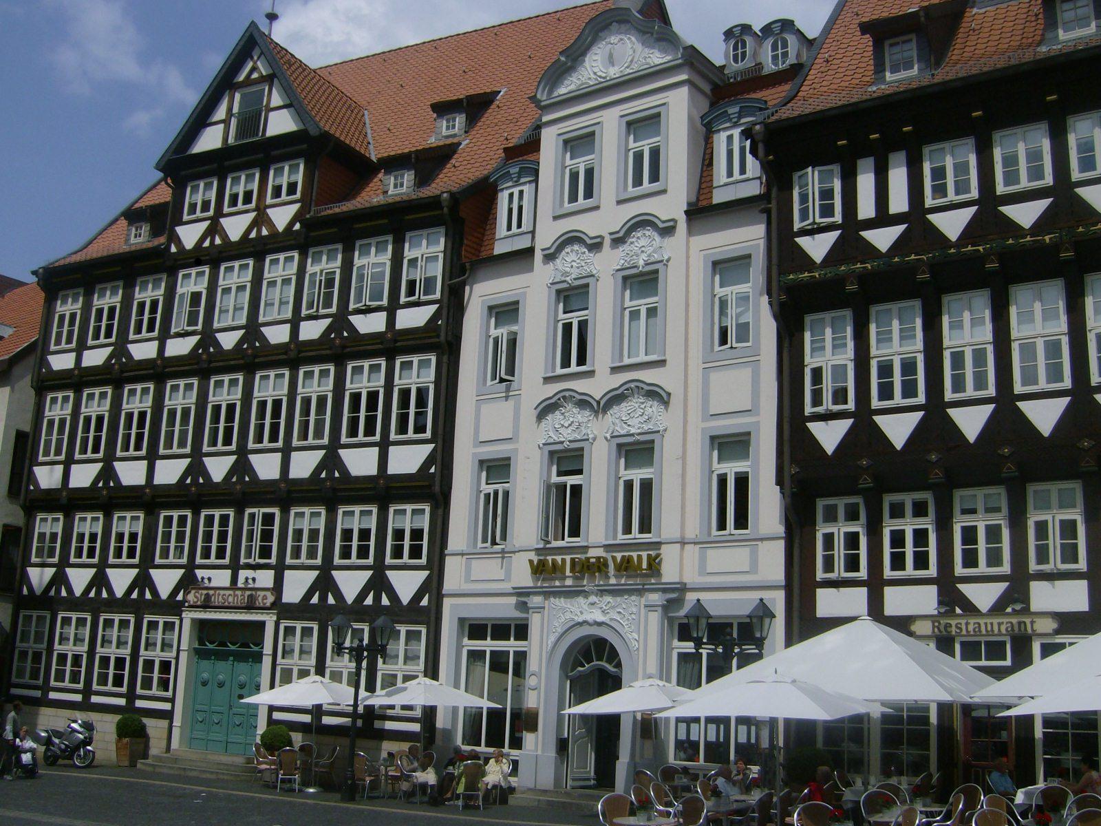 Der Historische Marktplatz in Hildesheim im Juni 2011.